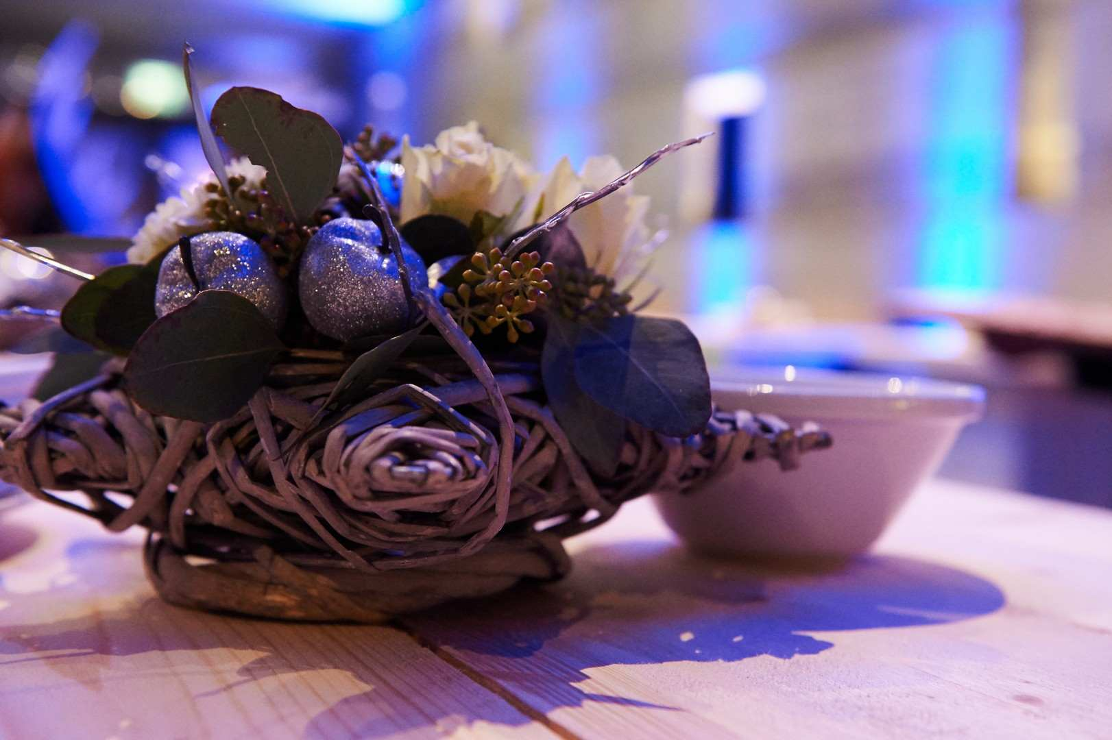 xmas-party-loyens-loeff-2015-table-decoration-fleurs-polaire