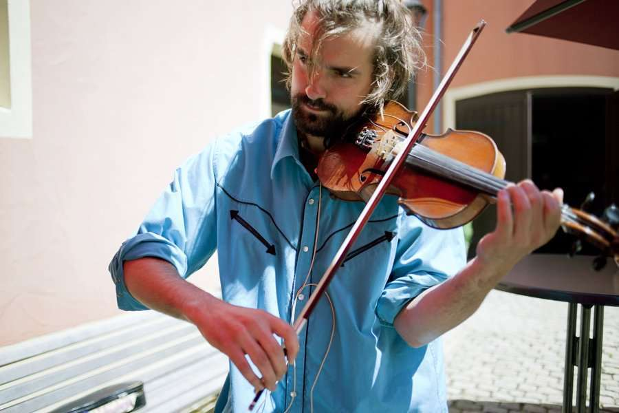family-day-loyens-loeff-2012-musicien-violon-events