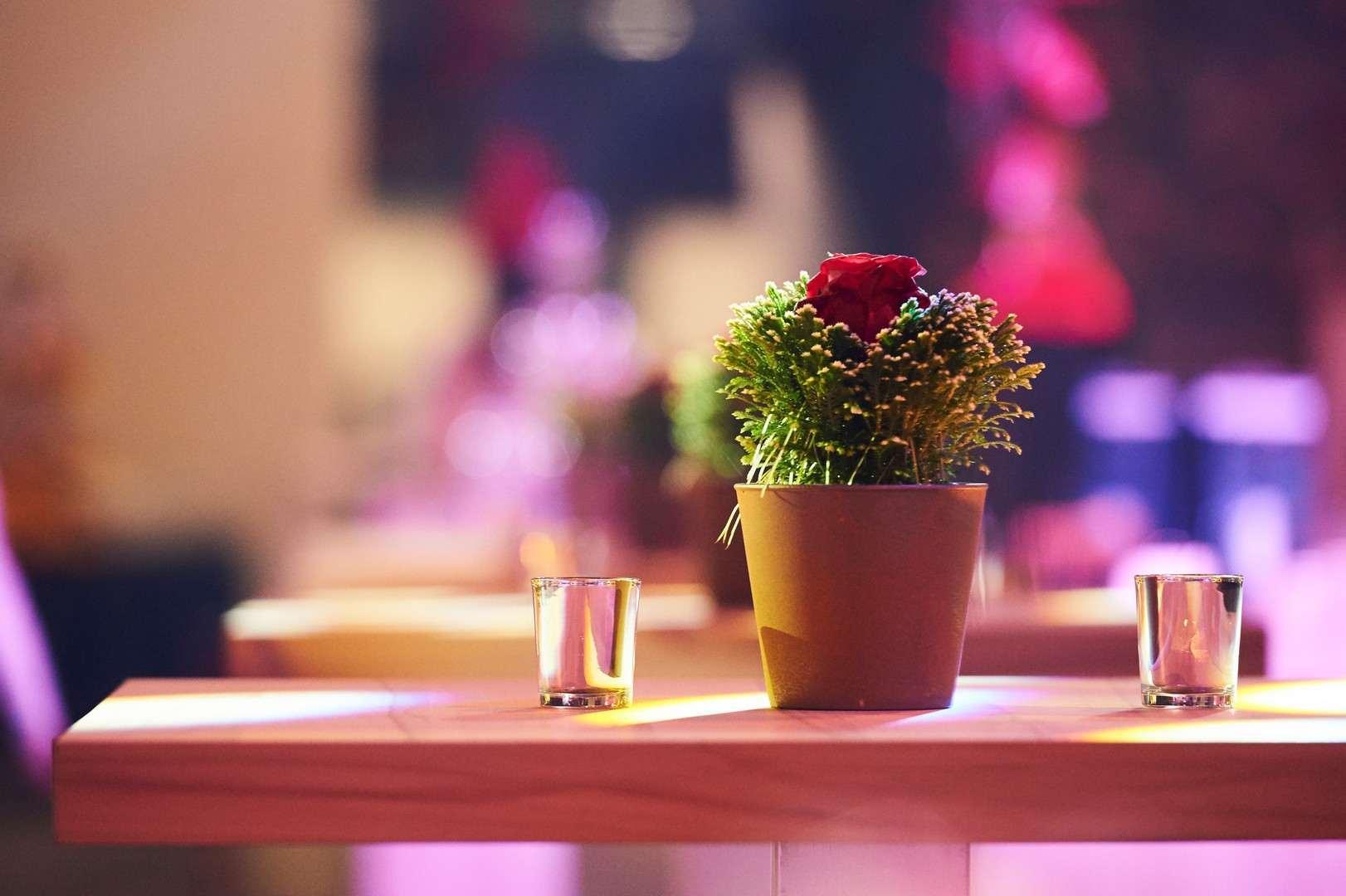 ferrero-xmas-party-2016-décoration-tables-fleurs-projet