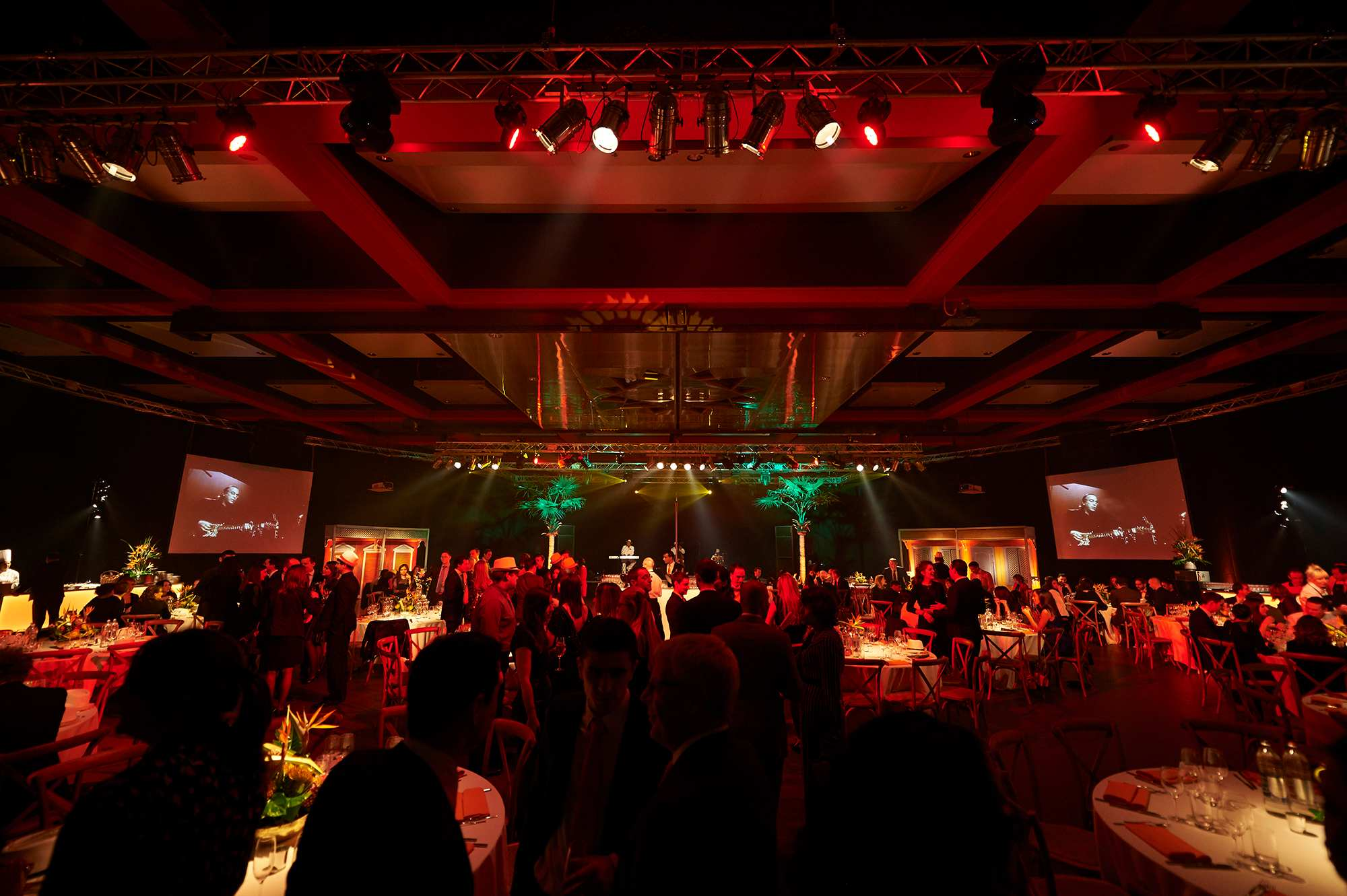 xmas-party-atoz-2016-041-luxembourg-event