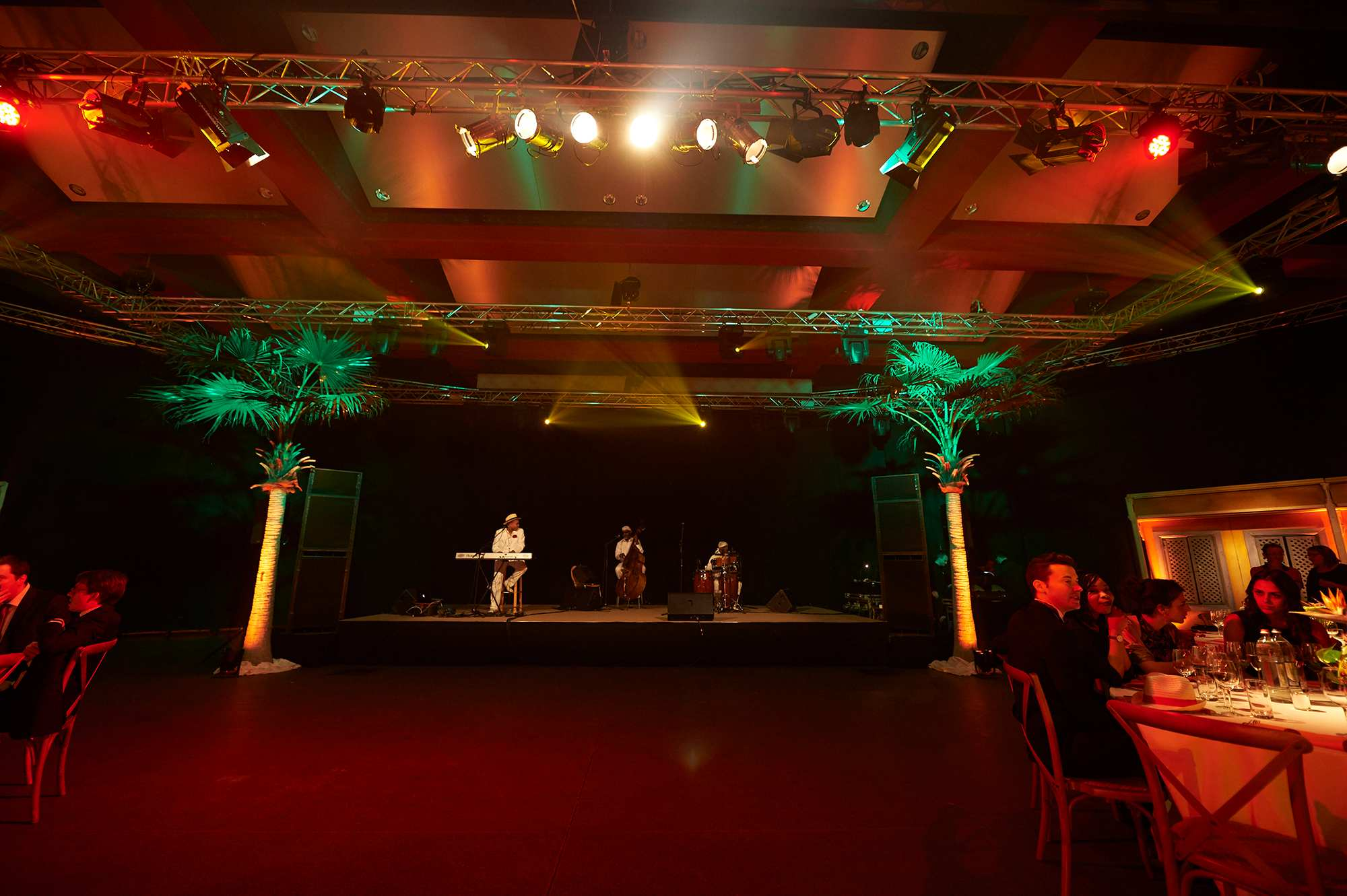 xmas-party-atoz-2016-047-luxembourg-event