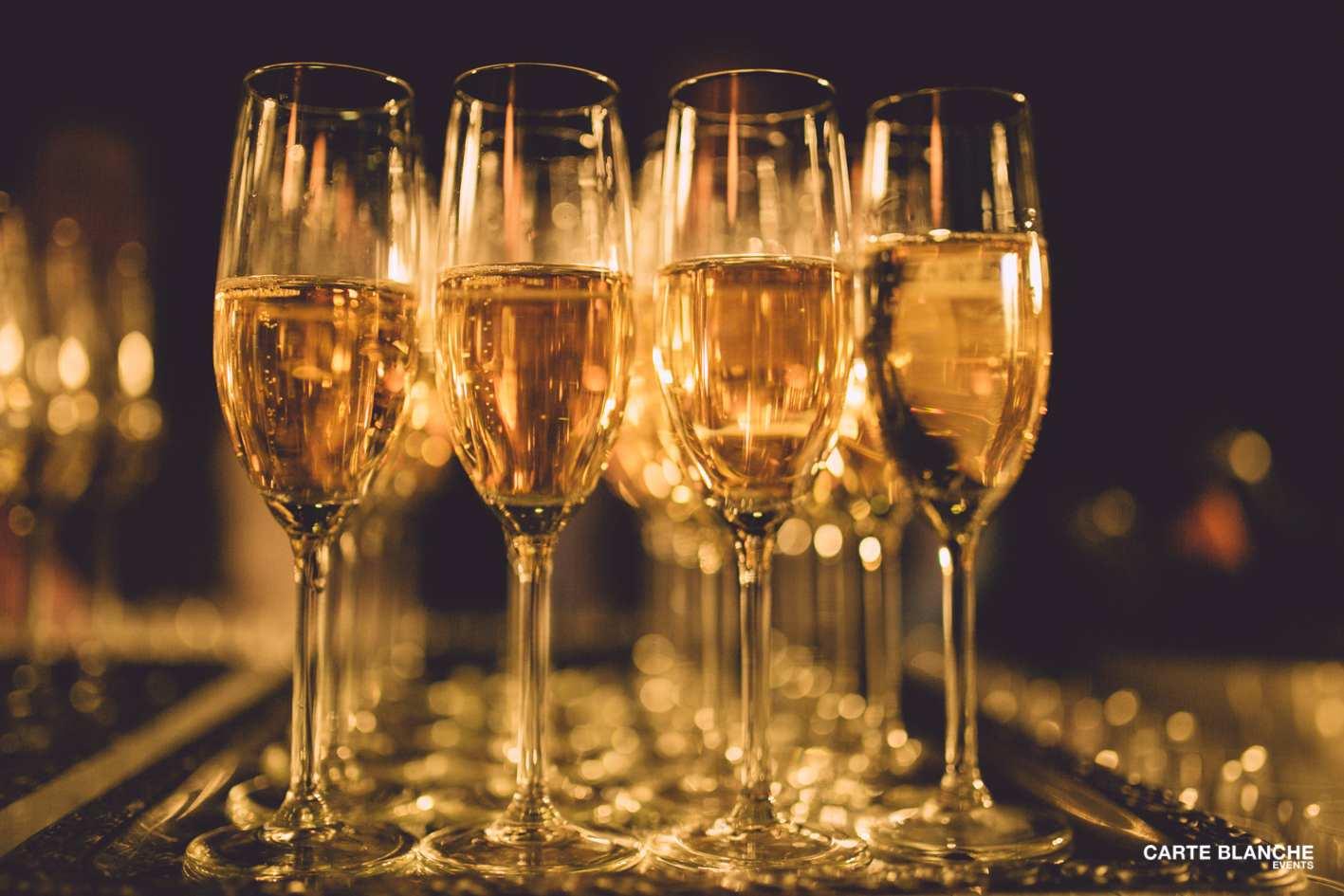 xmas-party-ferrero-2013-champagne-carte-blanche