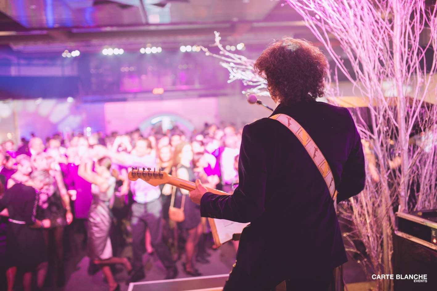 xmas-party-ferrero-2013-musique-musicien-fête-luxembourg