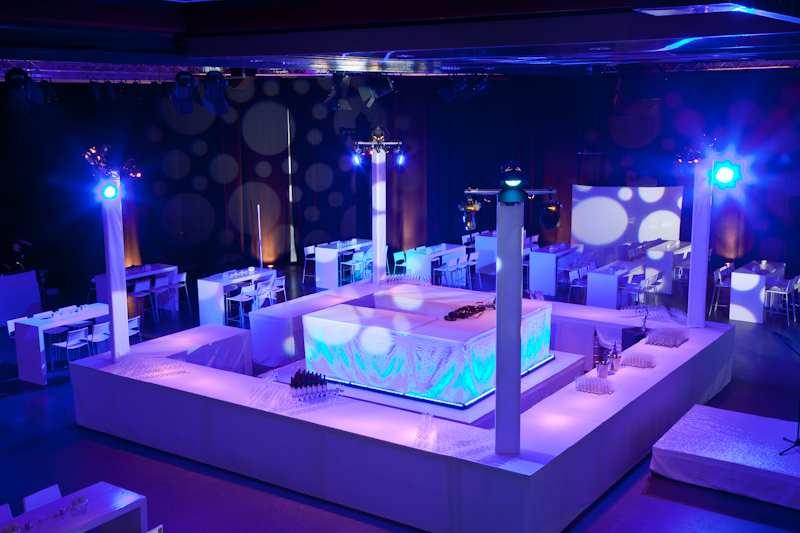 xmas-party-hsbc-2012-décoration-carte-blanche
