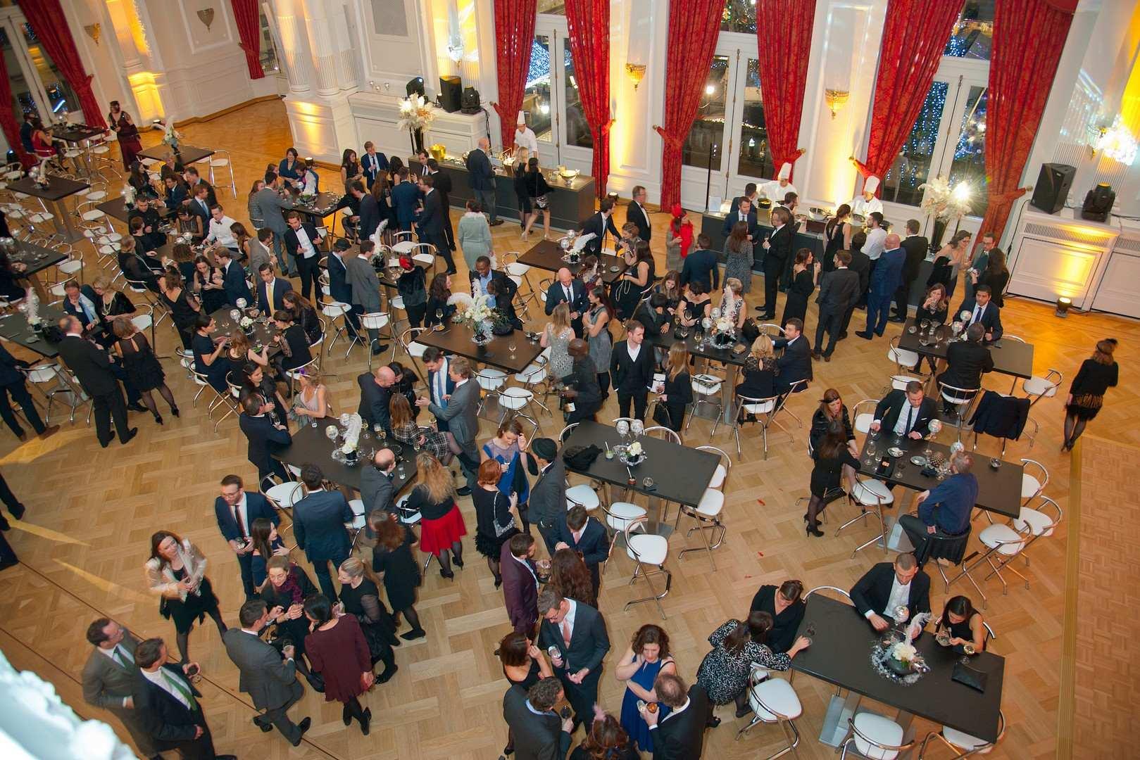 xmas-party-loyens-loeff-2018-carte-blanche-entreprise-lux
