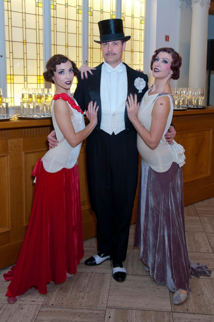xmas-party-loyens-loeff-2018-entreprise-spectacle-lux